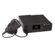 Motorola MOTOTRBO™ DM4400e VHF - mobilní radiostanice