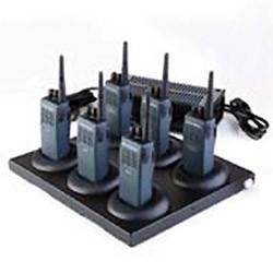 RLN5220 Šestinásobný stolní rychlonabíječ pro Motorola P040 a P080