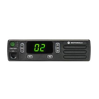 Motorola MOTOTRBO™ DM1400 VHF analog - čelní pohled