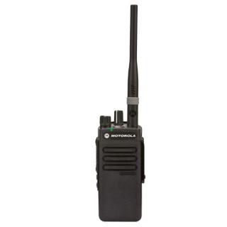 Motorola DP2400 - digitální radiostanice s anténou helical